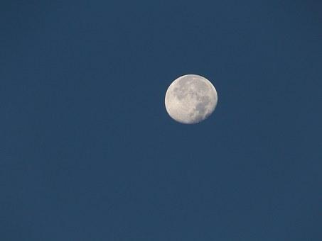Лунен хороскоп за днес 12 октомври