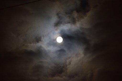 Лунен хороскоп за днес 13 октомври