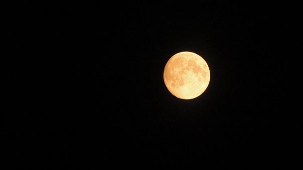 Лунен хороскоп за днес 15 юни